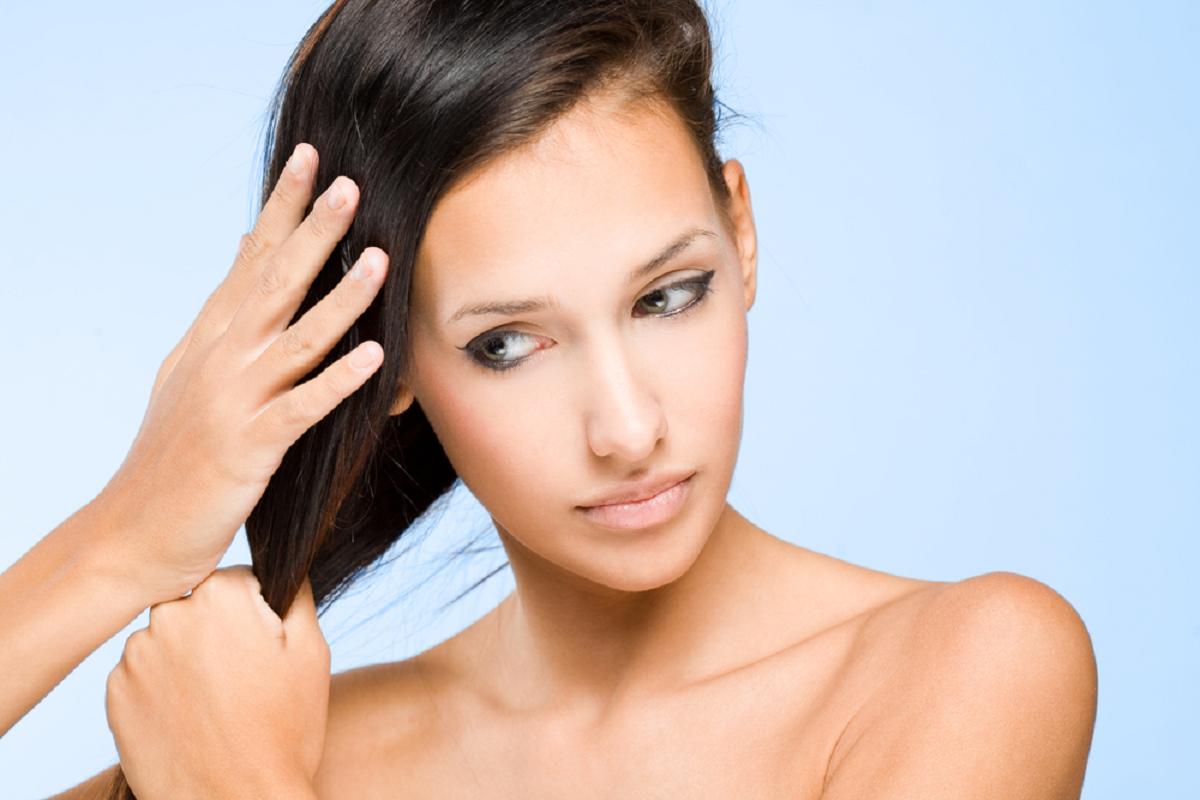 Жирные волосы: секреты ухода